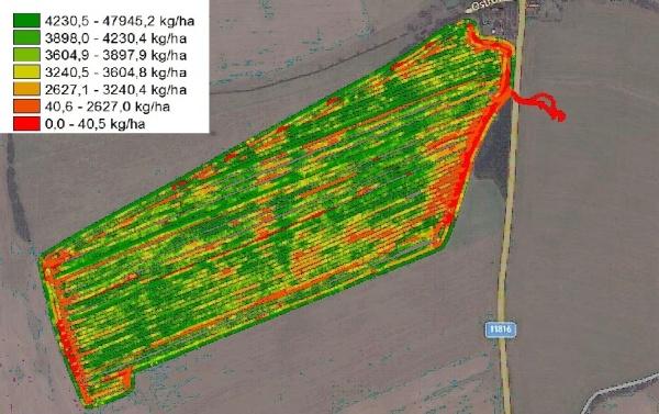 Výnosová mapa sklízecí mlátičky New Holland (záběr 6,7 m) dokáže velmi dobře poukázat na problémy na polích - dlátový pluh Terraland ošetřil souvrať uřepky (6 m) azhruba 3 další ha vhorní části mapy, vliv podrytí byl na výnos řepky velmi značný; na zbytku pole bylo mělké kypření do hloubky 10 cm