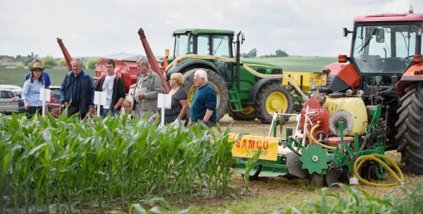 nová technologii setí kukuřice pod biodegradovatelnou folii